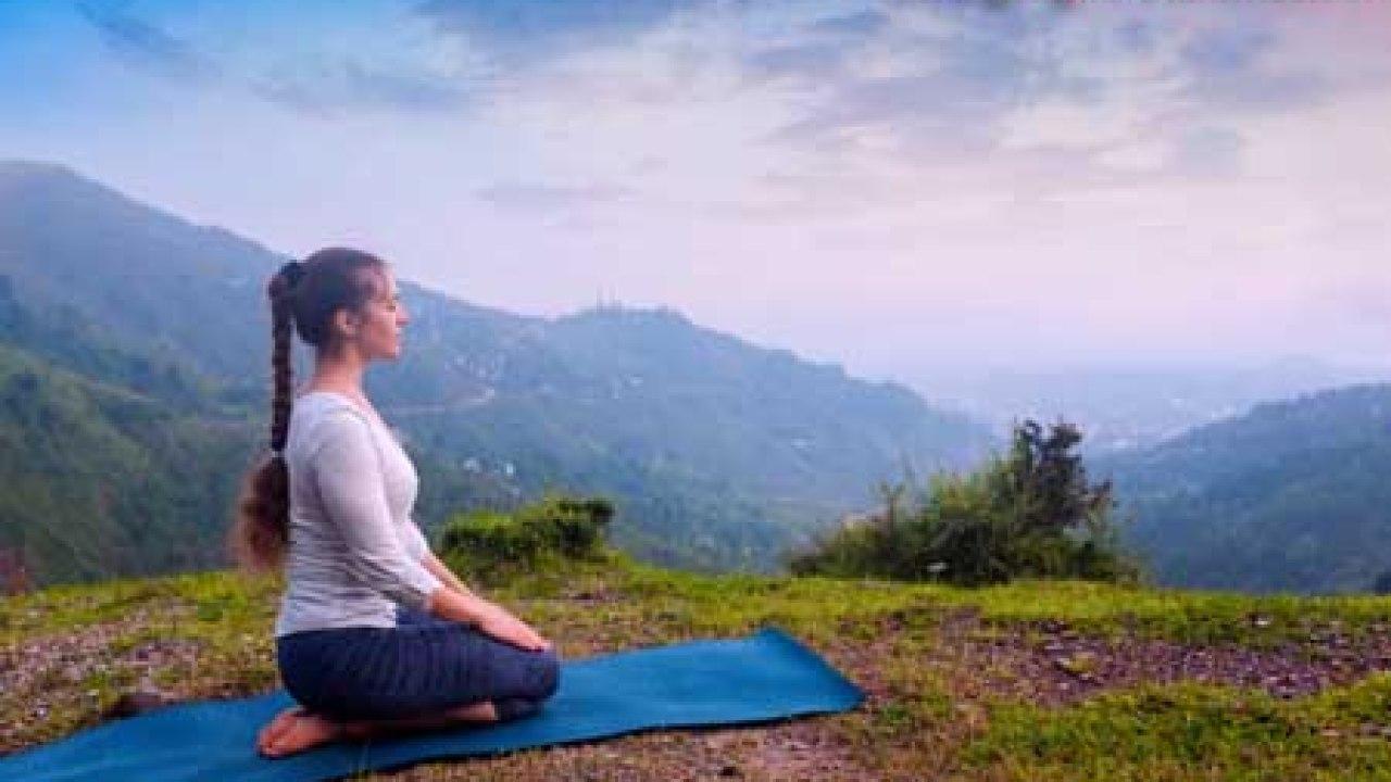 Vajrasana Diamond Pose (Thunderbolt Pose) Method, Benefits, Side Effects