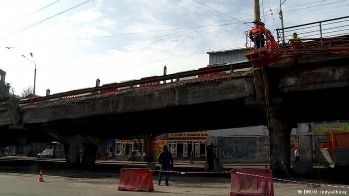 Обвал Шулявського мосту в 2017 року дивом обійшовся без постраждалих