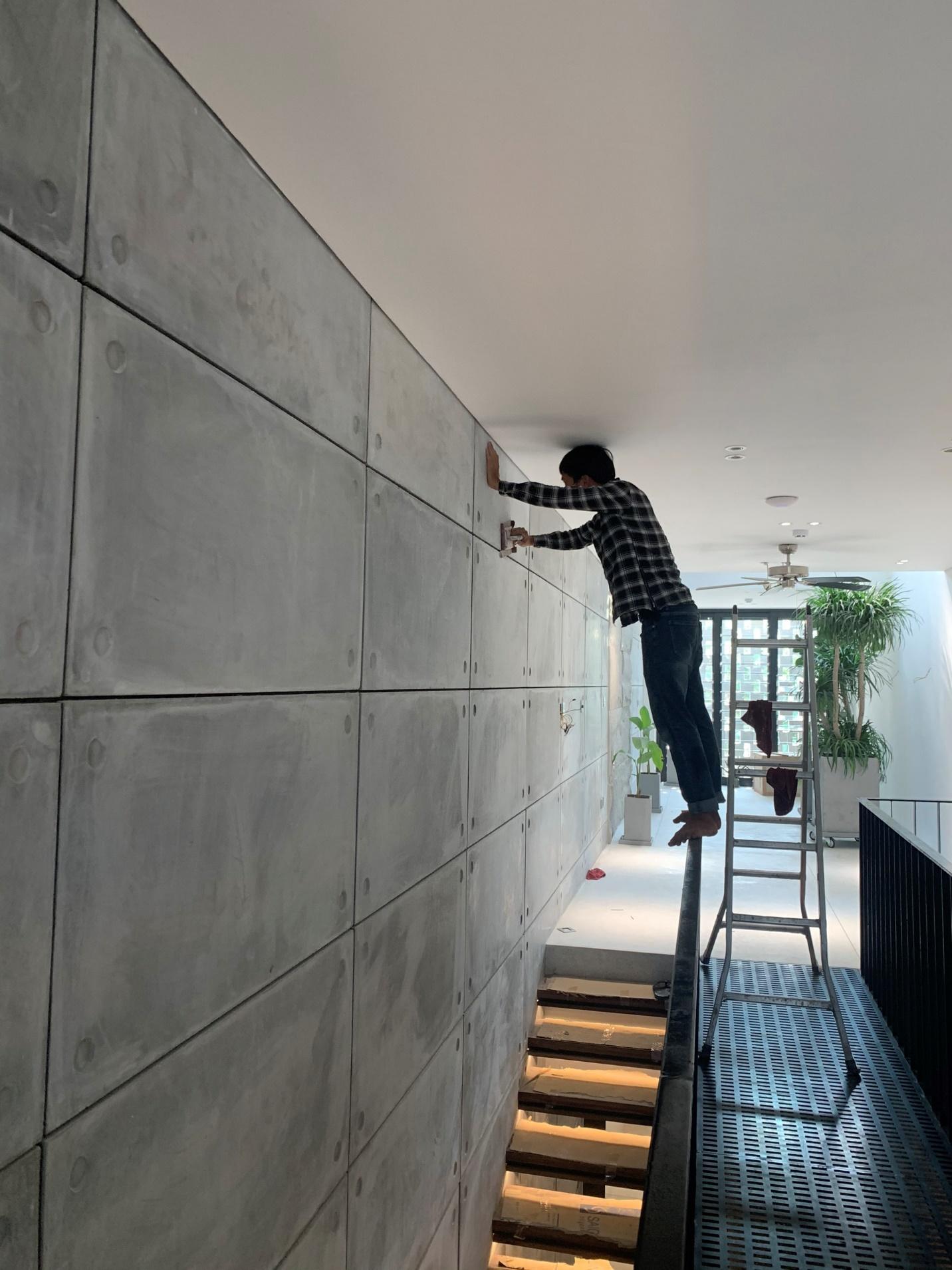 Dịch vụ lắp đặt tấm ốp tường 4 lỗ