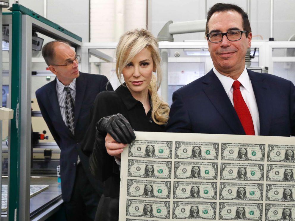 Treasury secretary Steve Mnuchin, wife cause internet ...