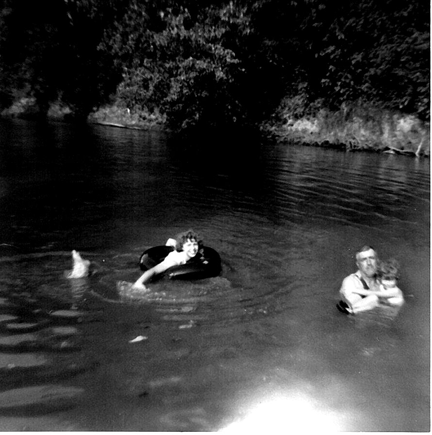 Leona, Roy and Kathy Tate In Fabbius River.jpg