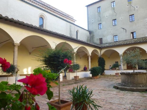 C:\Users\Gonzalo\Desktop\Documentos\Fotografías\La Toscana\103_PANA\103_PANA\P1030467.JPG