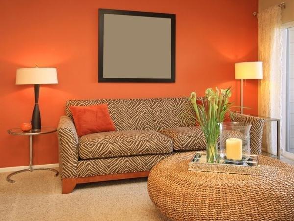 warna cerah untuk ruang tamu mungil
