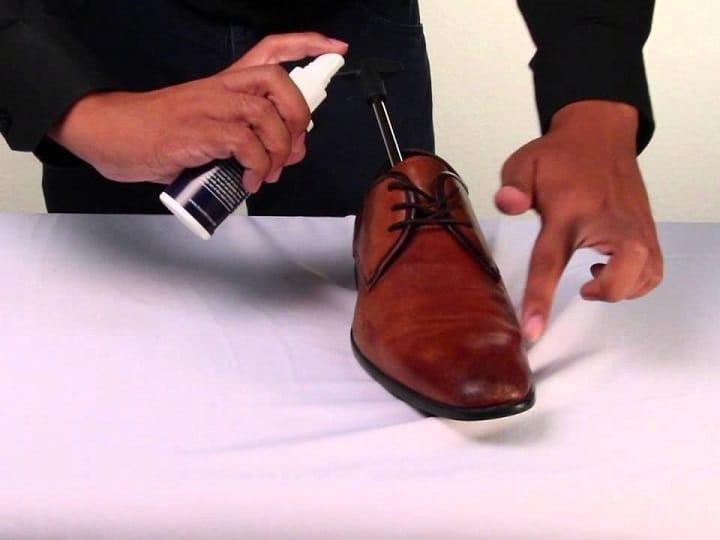 Best-Shoe-Stretcher-Spray