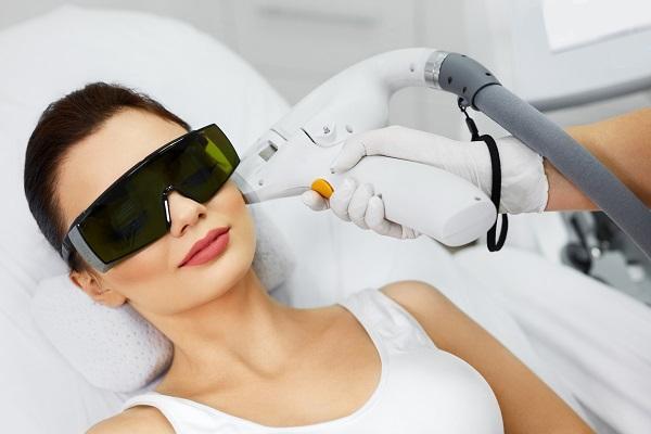 درمان لک صورت با لیزر