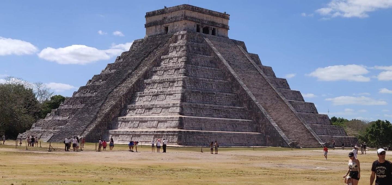 'El Castillo' oder Pyramide von Kukulcon