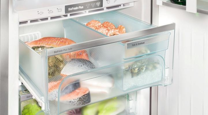 Side-by-Side холодильник Liebherr SBSes 8486: контейнер BioFresh-Plus