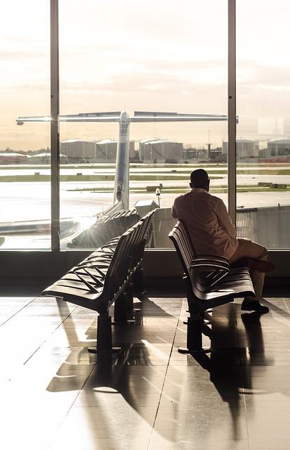 terminal-1160262_640.jpg