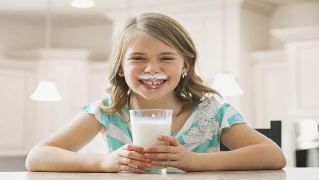 http://vkool.com/wp-content/uploads/2015/06/drink-milk.jpg