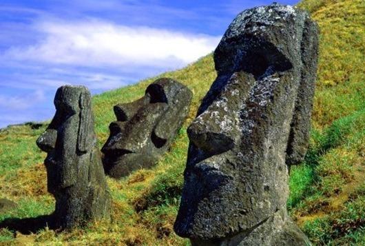 статуи возводились в честь богов