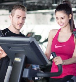 Chuyên gia về tập luyện cơ bắp và hình thể