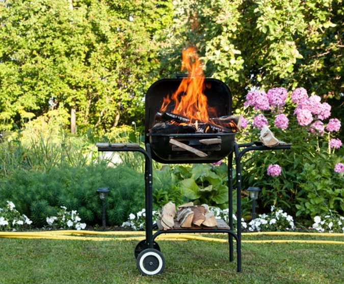 Lit grill