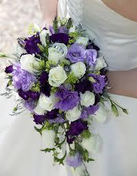 Các cách phối màu hoa cầm tay trong ngày cưới