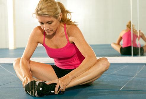 C:\Users\Ashton\Desktop\webmd_rm_photo_of_woman_in_gym.jpg