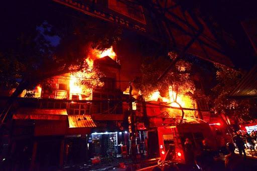 Đã tìm ra nguyên nhân vụ cháy gần viện Nhi ở Đê La Thành | Báo Công an nhân  dân điện tử