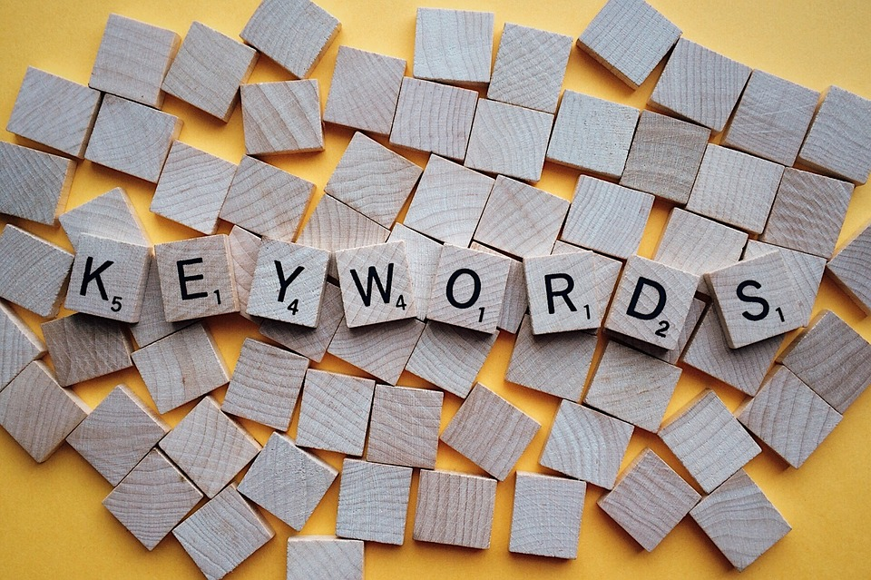 how to find keywords scrabble tiles