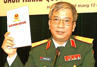 Thứ trưởng Quốc phòng Nguyễn Chí Vịnh và sách trắng quốc phòng Việt Nam công bố năm 2009