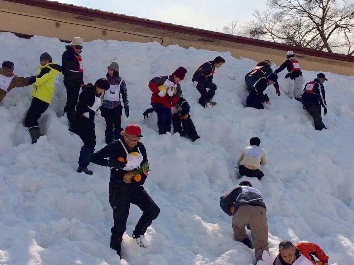 冬の運動会の風景写真