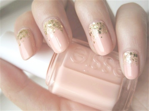 gold-glitter-and-nude-nail-art.jpg