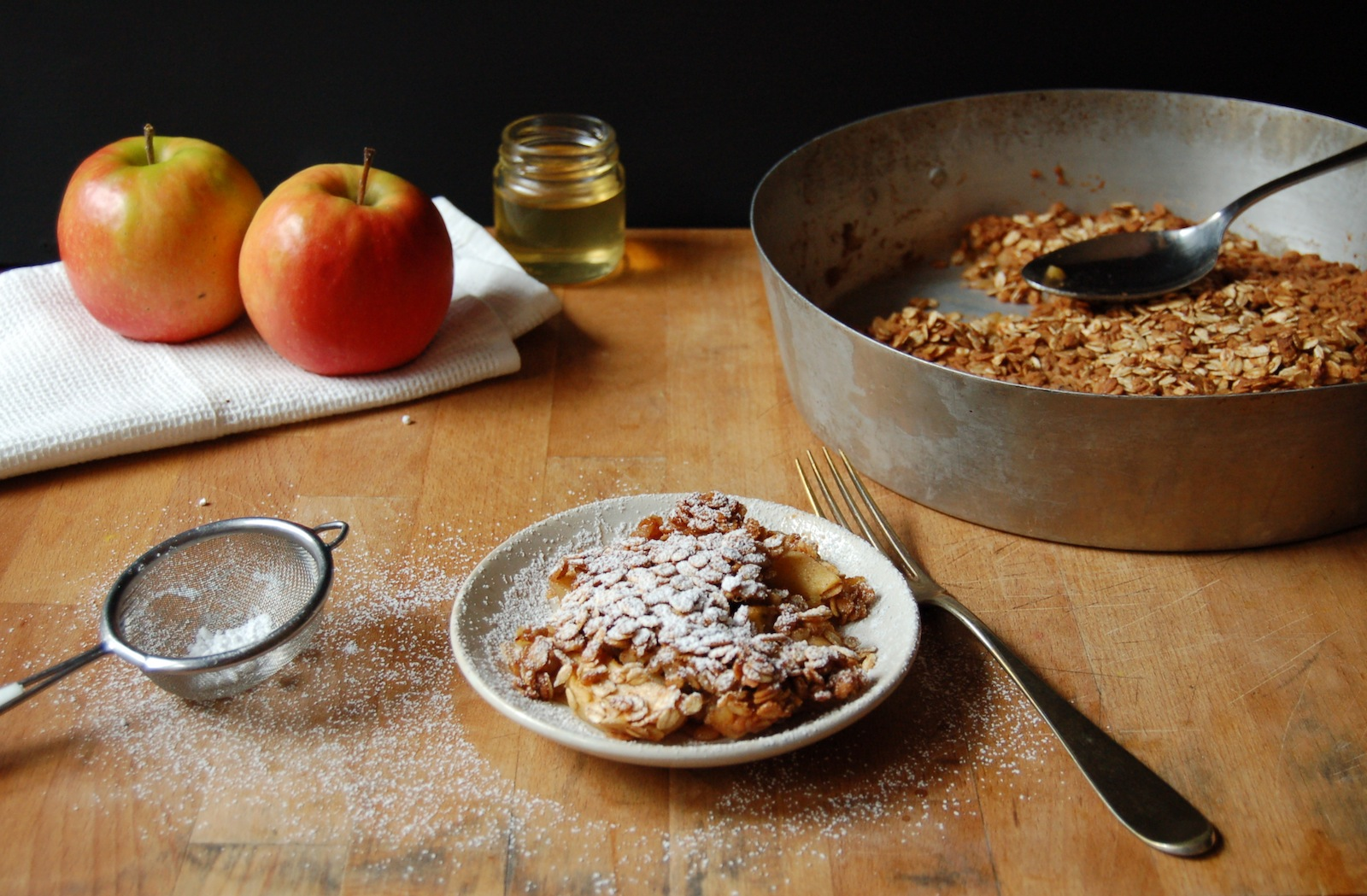 The Iron You: High-Protein Apple Oatmeal Bake (Vegan and Gluten-Free)