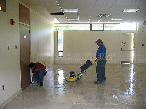 Cách dùng máy đánh bóng sàn gạch hiệu quả