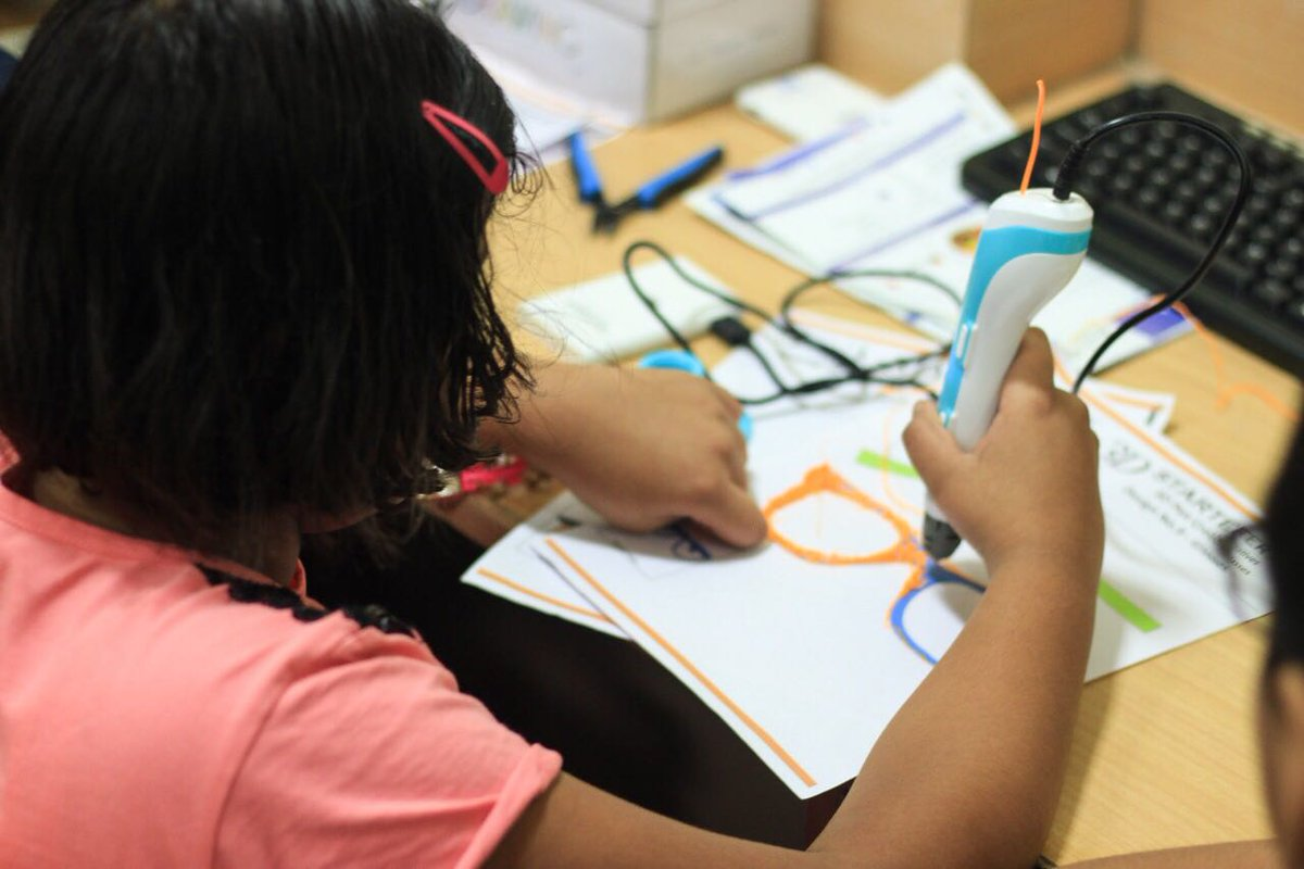How 3D Pens Can Be a Fun Educational Tool in the Classroom 2