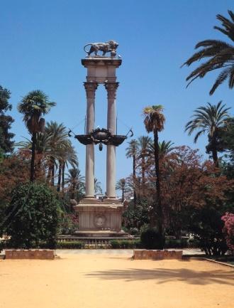 Resultado de imagen de monumento a colón de sevilla