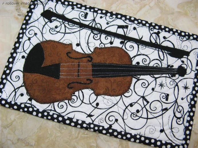Violin mini quilt - pattern available on Craftsy.com