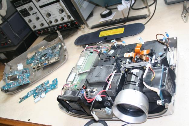 Центр ремонта проекторов