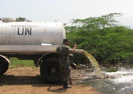 http://www.haitian-truth.org/wp-content/uploads/2014/03/UN_Dumping_in_HaitiRiver.jpg