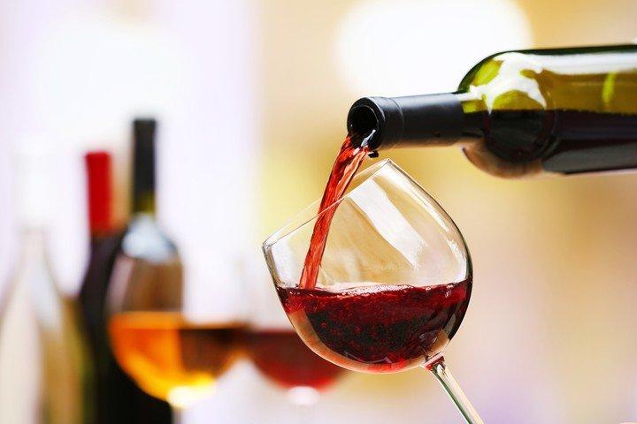 El consumo de vino creció y los consumidores se volcaron al e-commerce.  Foto: Shutterstock.