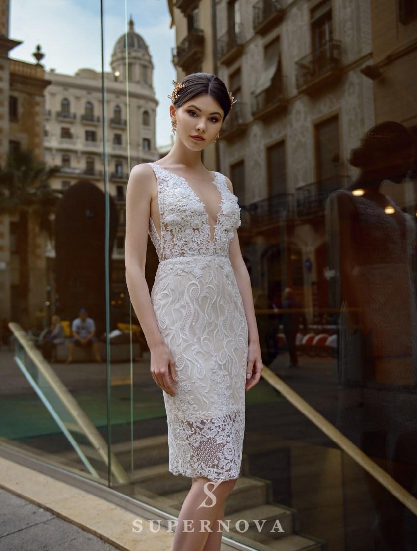 Женственные силуэты свадебных платьев от производителя
