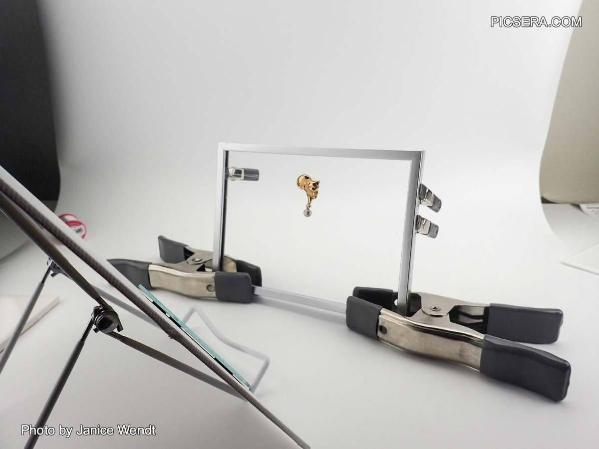 How to Shoot Earrings by Picsera