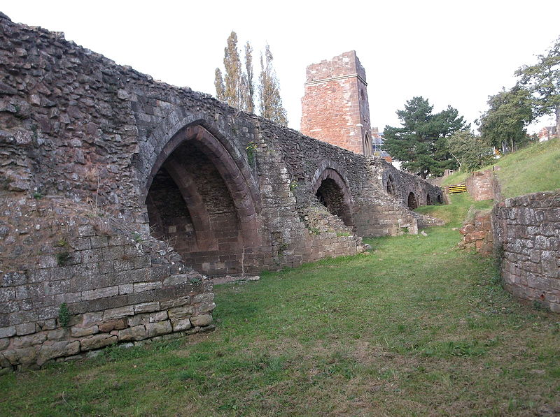 File:Arches of mediaeval Exe Bridge (5).JPG