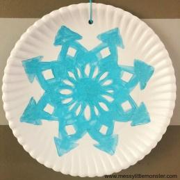 D:\DEC - DECEMBRSKE ŽIVALI\paper-plate-snowflake-craft-8.jpg