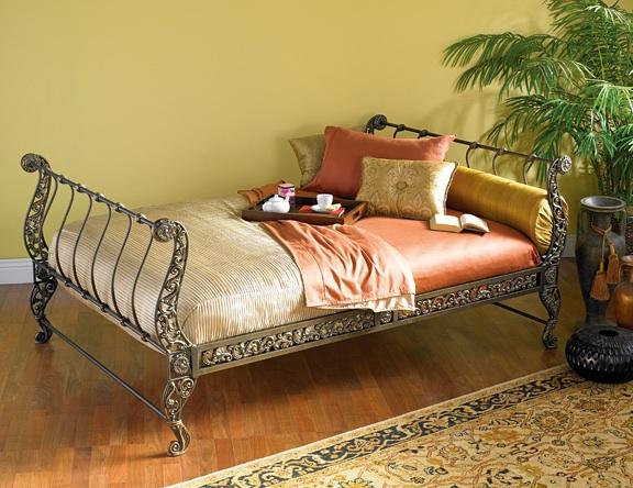 Giường sắt phong cách cổ điển theo phong cách Châu Âu