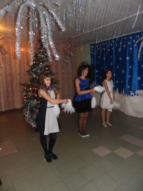 \ТЕХНИК-ПКlocal_trashшкольные фотографии16-1727. Новый год8-9SAM_3366.JPG