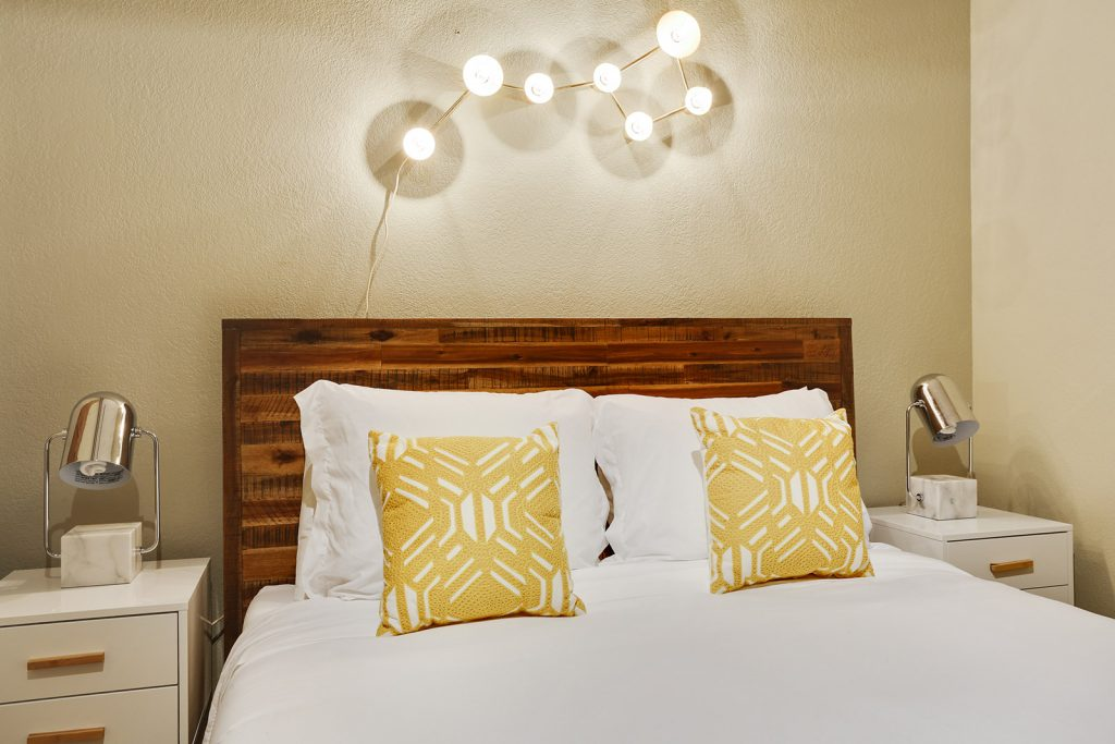 When designing a bedroom, don't forget about an often overlooked but very important component: lighting. Selecting the right light fixtures is a balance between style and function. With these bedroom lighting ideas used by interior designers, you can showcase your style and create a comfortable and relaxing environment in the most important room in your home