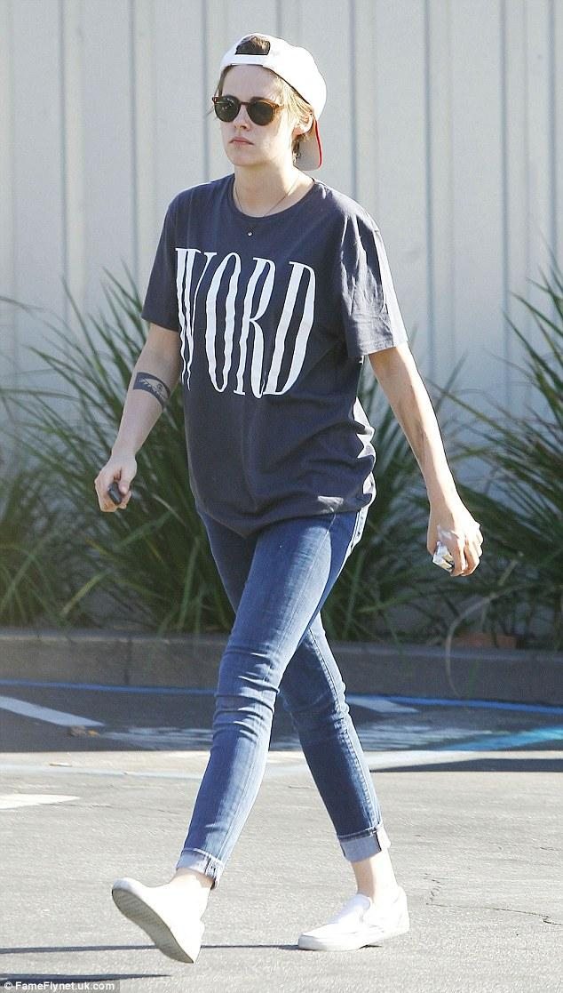 Image result for Kristen Stewart   wearing  T-shirt