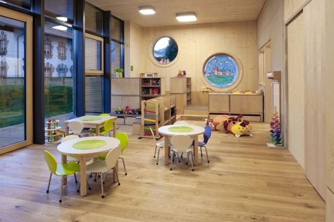 Нехватка мест в детских садах Украины