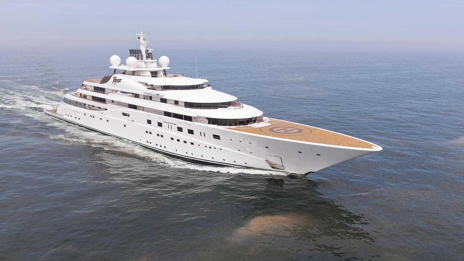 Z2yH9rSTwG9hipyz3cuP_Celebrity-yacht-charter-Topaz-2560x1440.jpg