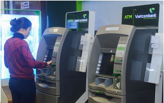 rút tiền mặt thẻ tín dụng Vietcombank