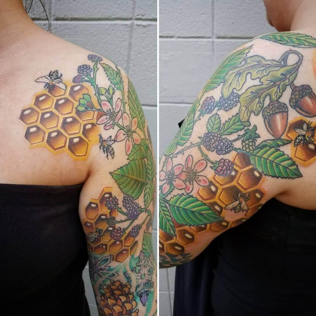 Honeycomb bee Tattoo