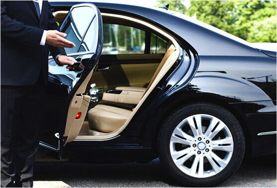 Book Innsbruck Airport Taxi Transfers With Luxury Fleets At Best Prices