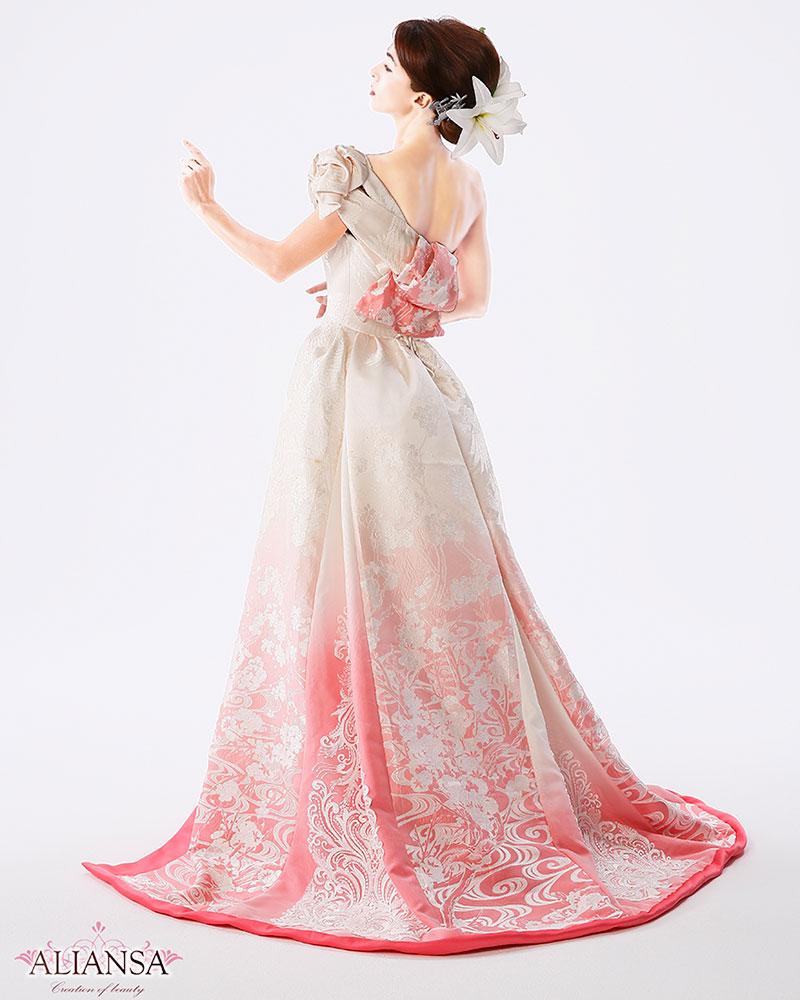 40代が似合うウェディングドレス 白無垢ドレス
