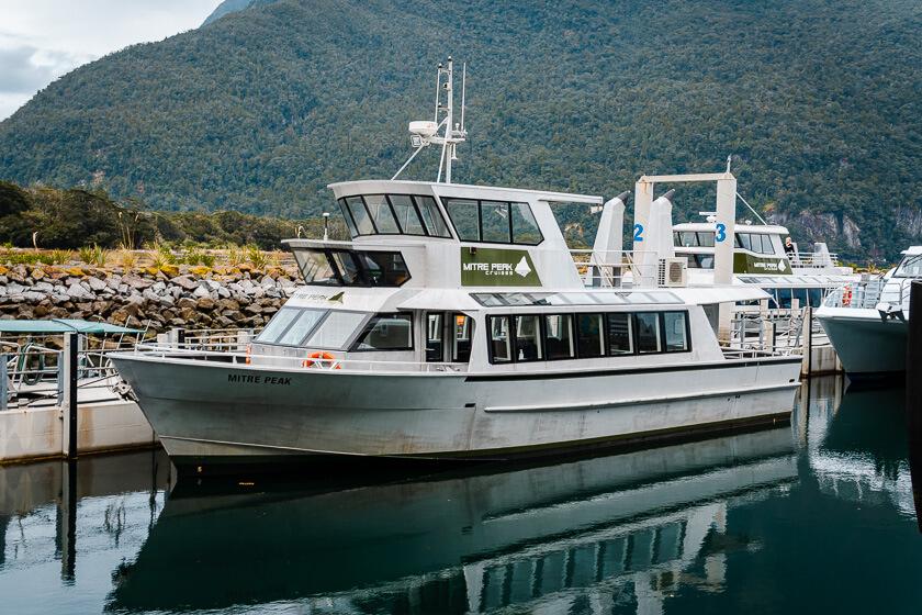 Mitre Peak Cruises.