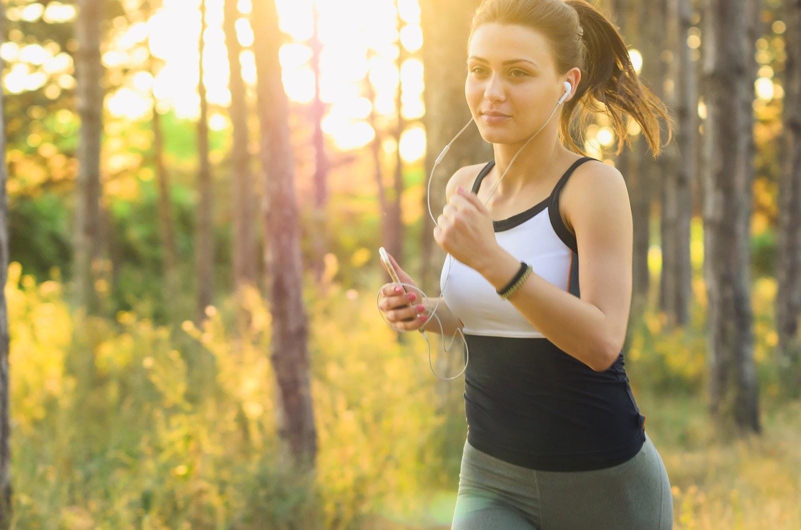 4 Running Essentials Every Beginner Needs