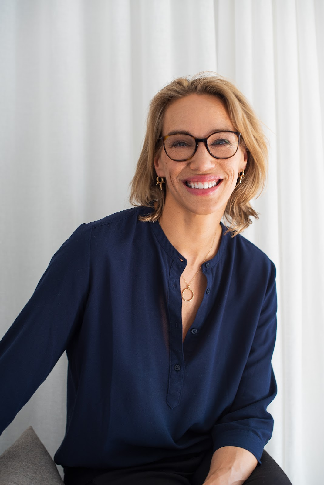 Emma S. Wiklund gör hudvård för alla.