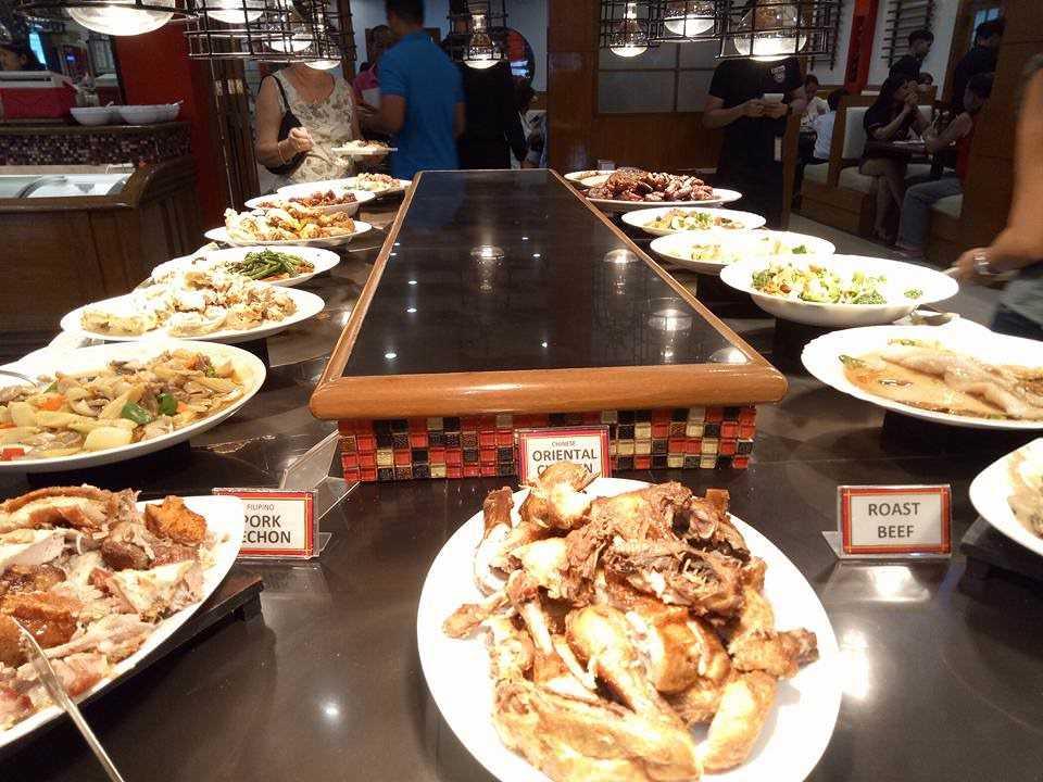 Ẩm thực đặc sắc với buffet hải sản cao cấp tại Lotte Legend