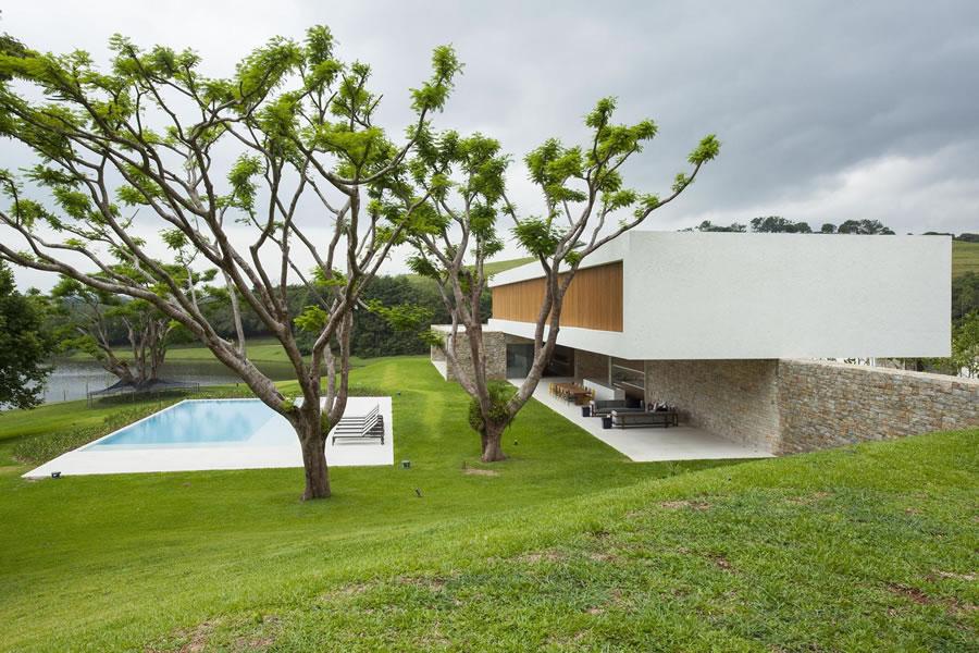 Dosis arquitectura abril 2014 for Casa moderna jesolo